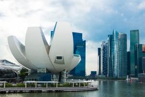Art Sience Museum und die Skyline von Singapur